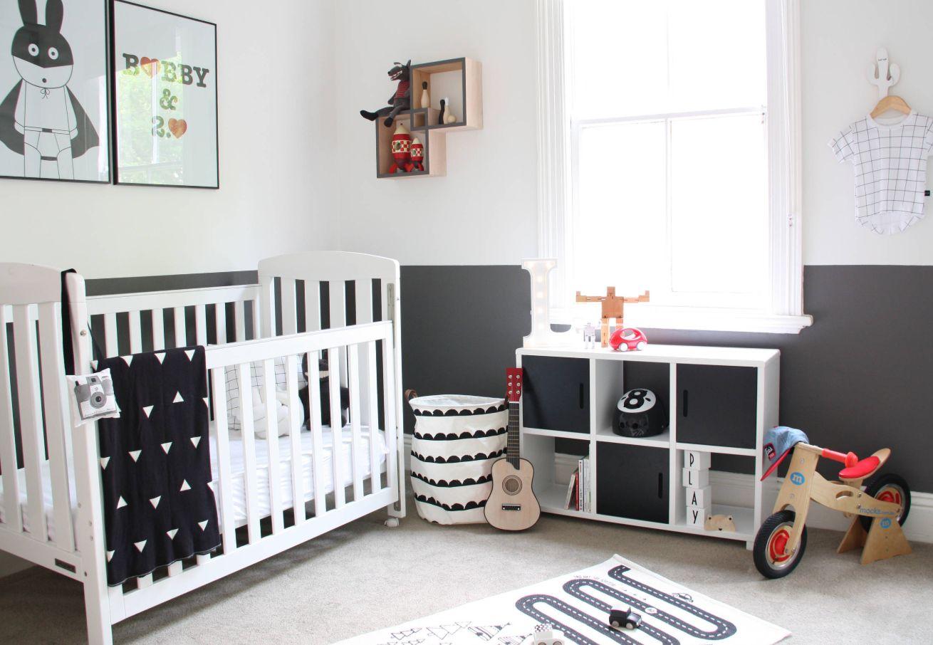 Nursery Bookshelf Ideas With Cute And