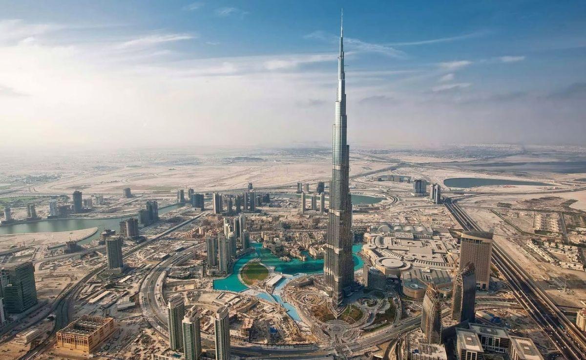 Burj Khalifa — Dubai, UAE