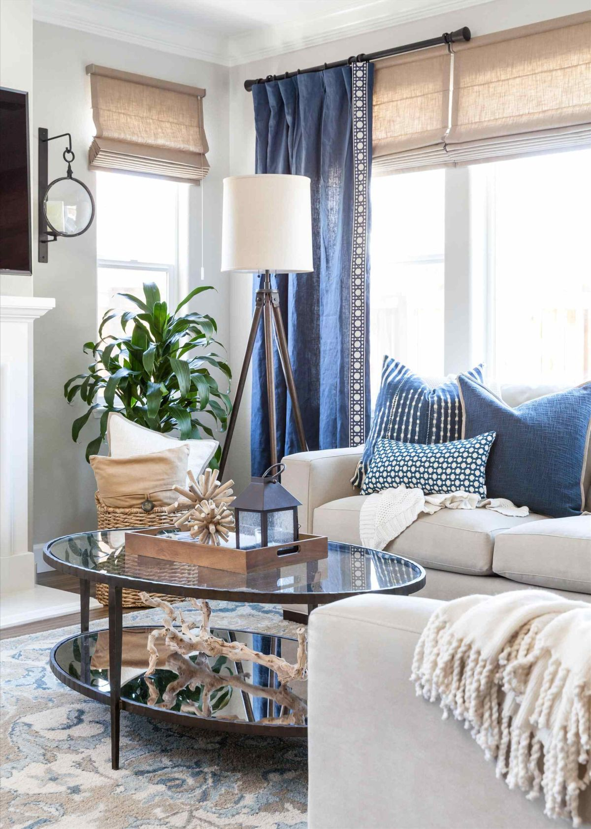 29 Blue Living Rooms Made For Relaxing