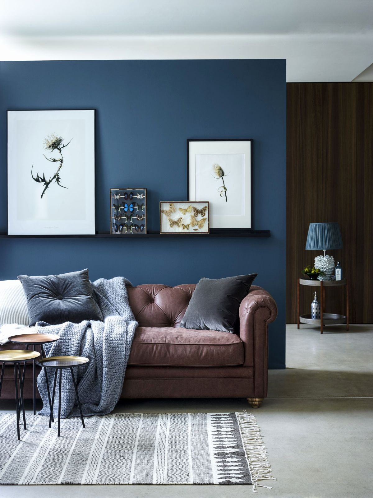 12 Blue Living Rooms Made For Relaxing
