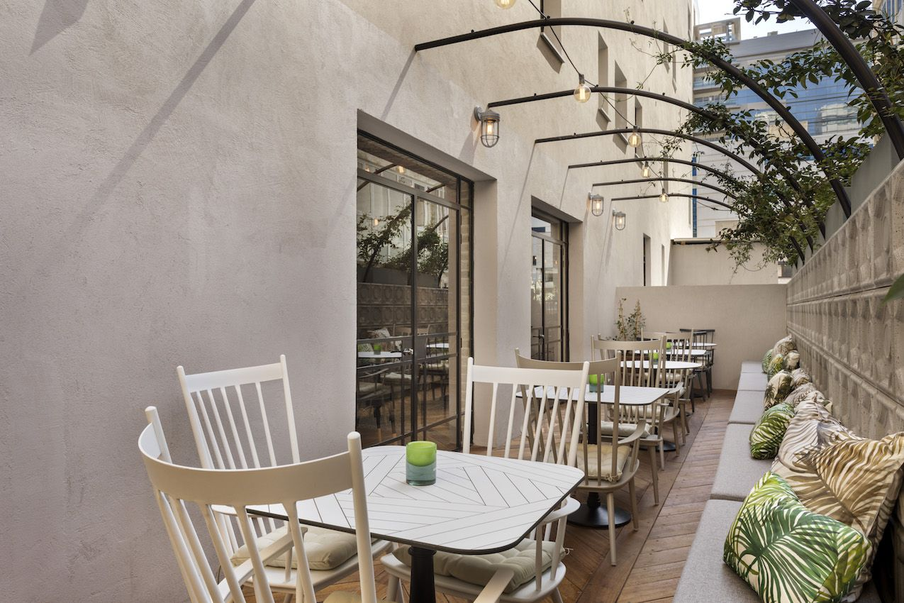The charming patio has a removable cover.