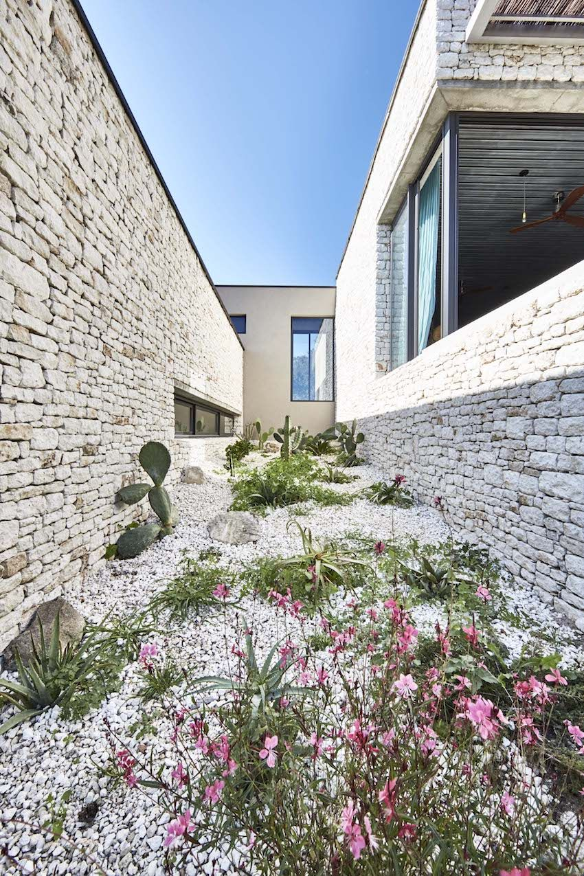 A delightful courtyard is an important architectural feature.