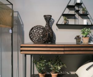 Entryway Table Decor Ideas For A Good First Impression