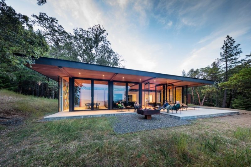 Stunning California Mountaintop Getaway Built with Prefab Modules