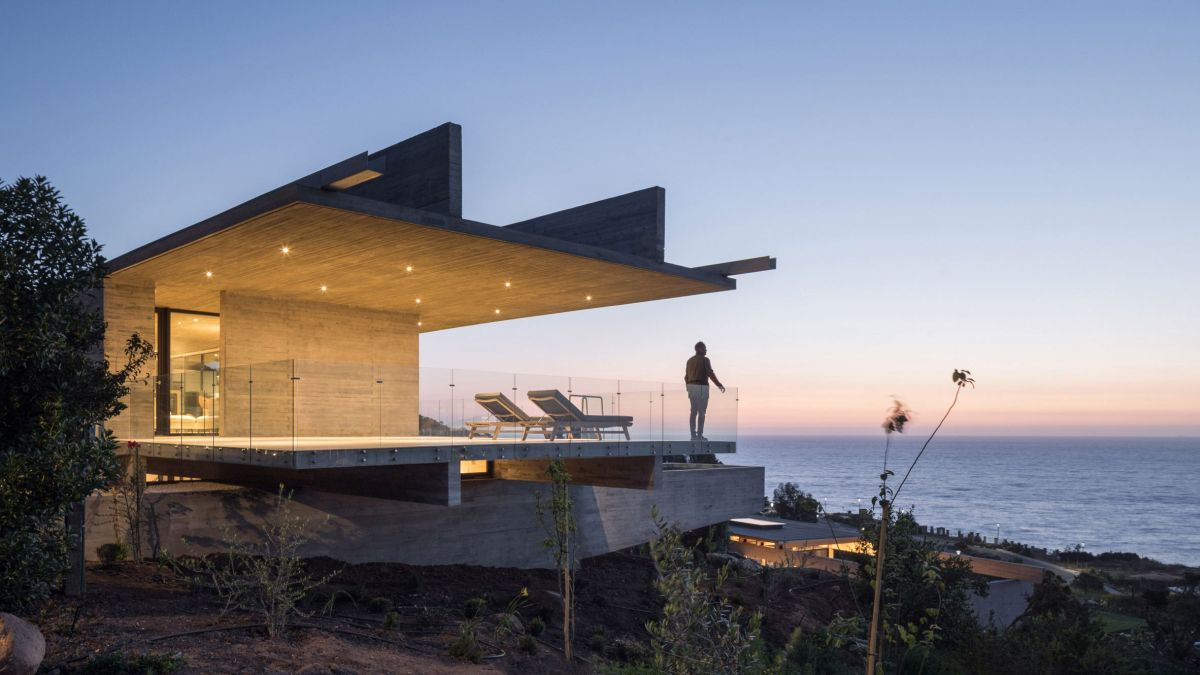Like most houses located in remote areas, there's a strong emphasis on the views