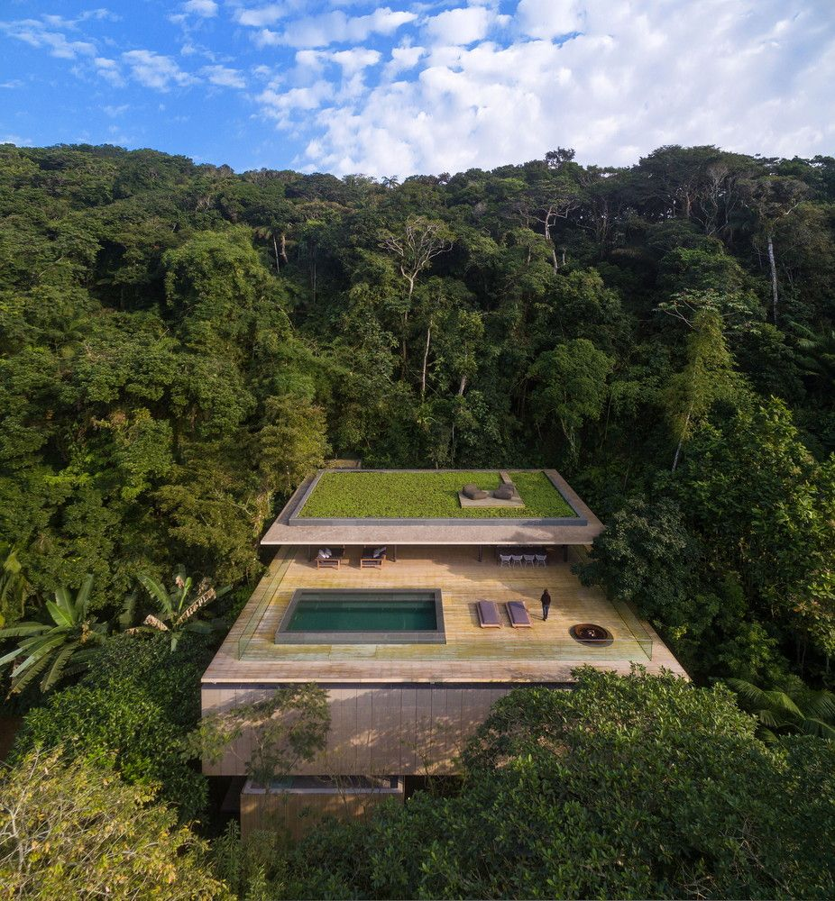 Spectacular Tropical Houses That Blend Architecture And Nature