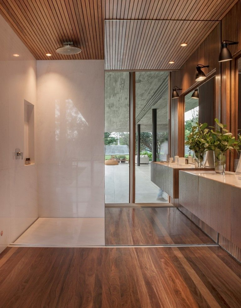 The garden views can also be enjoyed from the private areas of the house, including the bathrooms