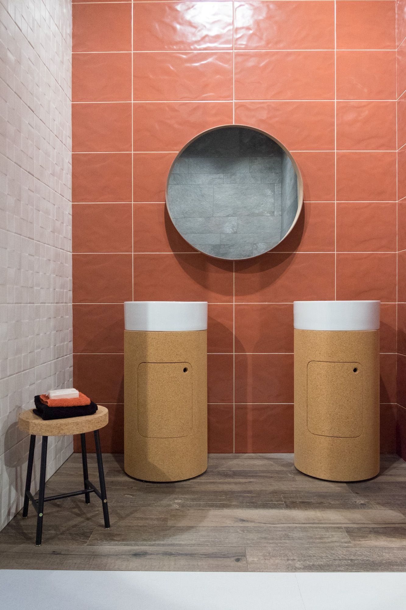 Mixing flat with 3D porcelain tile is a modern look.