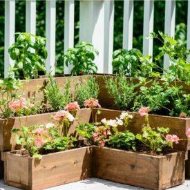 Tired planter DIY