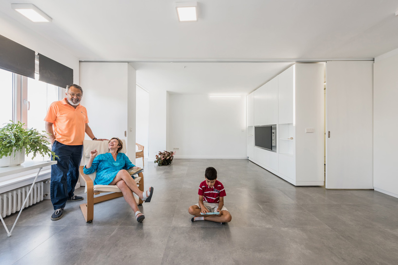 The flexible layout of the apartment allows it to incorporate a variety of functions and features into a small space