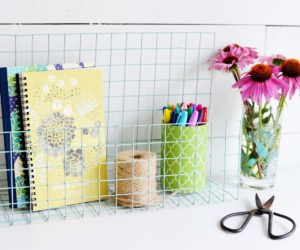 Cool And Easy Cubicle Decor Accessories That Will Brighten Up Your Workday