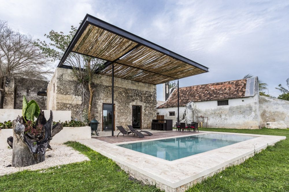 Beautiful Pergola Designs That Perfectly Frame These Modern Houses