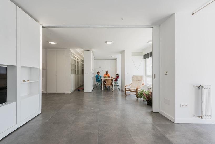 The floor plan can also remain open which is great when entertaining large groups