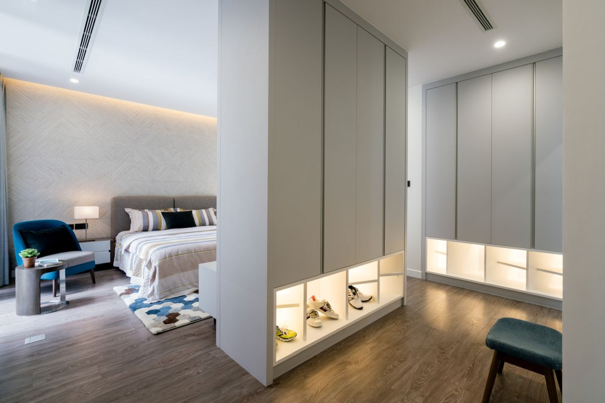 Each bedroom has vast storage spaces with sleek custom-made furniture modules