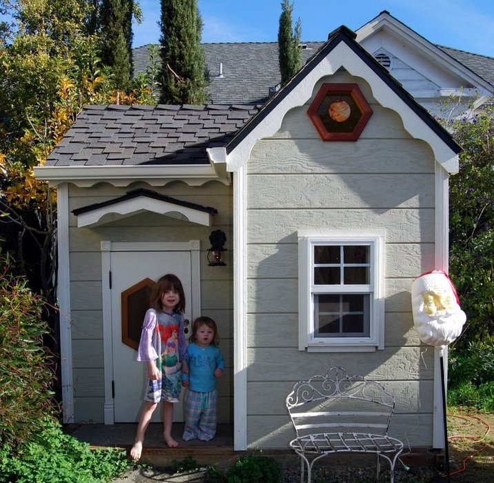 Easy Playhouse Plans For Fun And Creative Parents on doghouse with porch plans, workshop with porch plans, cabin with porch plans, garage with porch plans, cottage with porch plans,