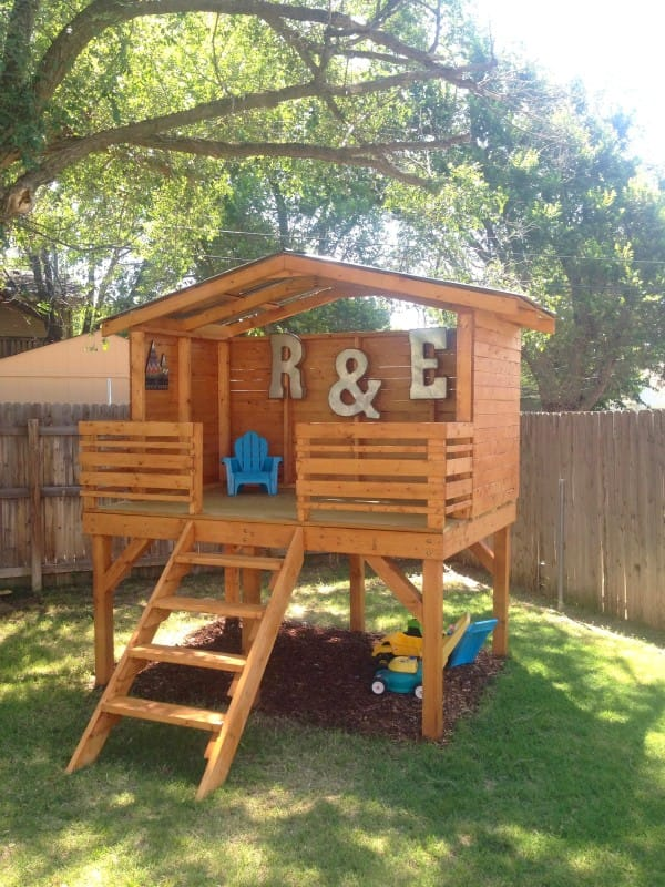 Easy Playhouse Plans For Fun And Creative Parents on diy outdoor playhouse, diy playhouse ideas, diy wooden playhouse,