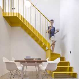 Yellow Staircase Kresings Architektur