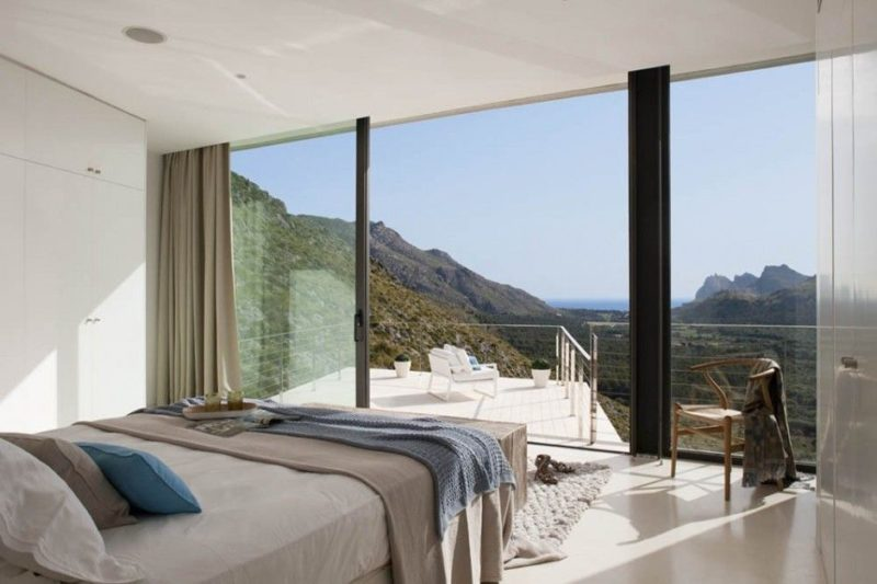 25 Extraordinary Bedrooms Open To The Great Outdoors