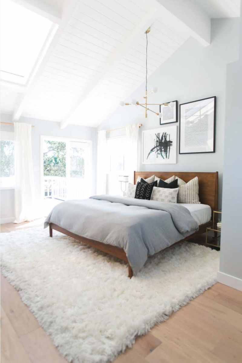 3b41118219148 View in gallery. Another stylish mid-century modern bedroom was designed by  studio Lindye Galloway as part ...