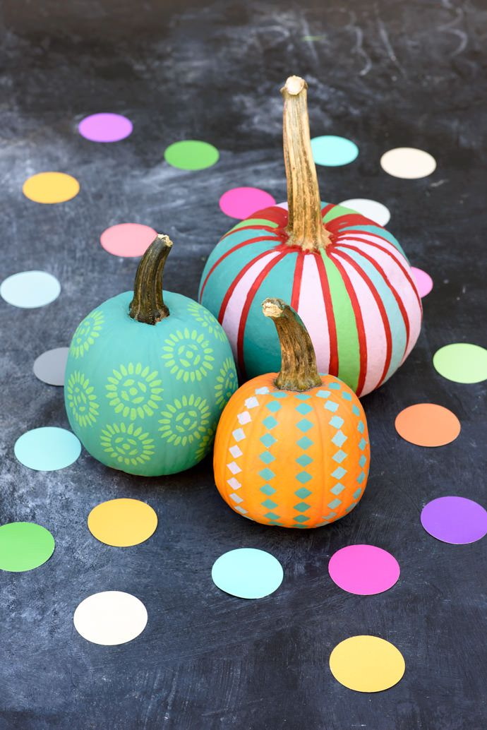 fun and easy pumpkin painting designs no carving needed. Black Bedroom Furniture Sets. Home Design Ideas