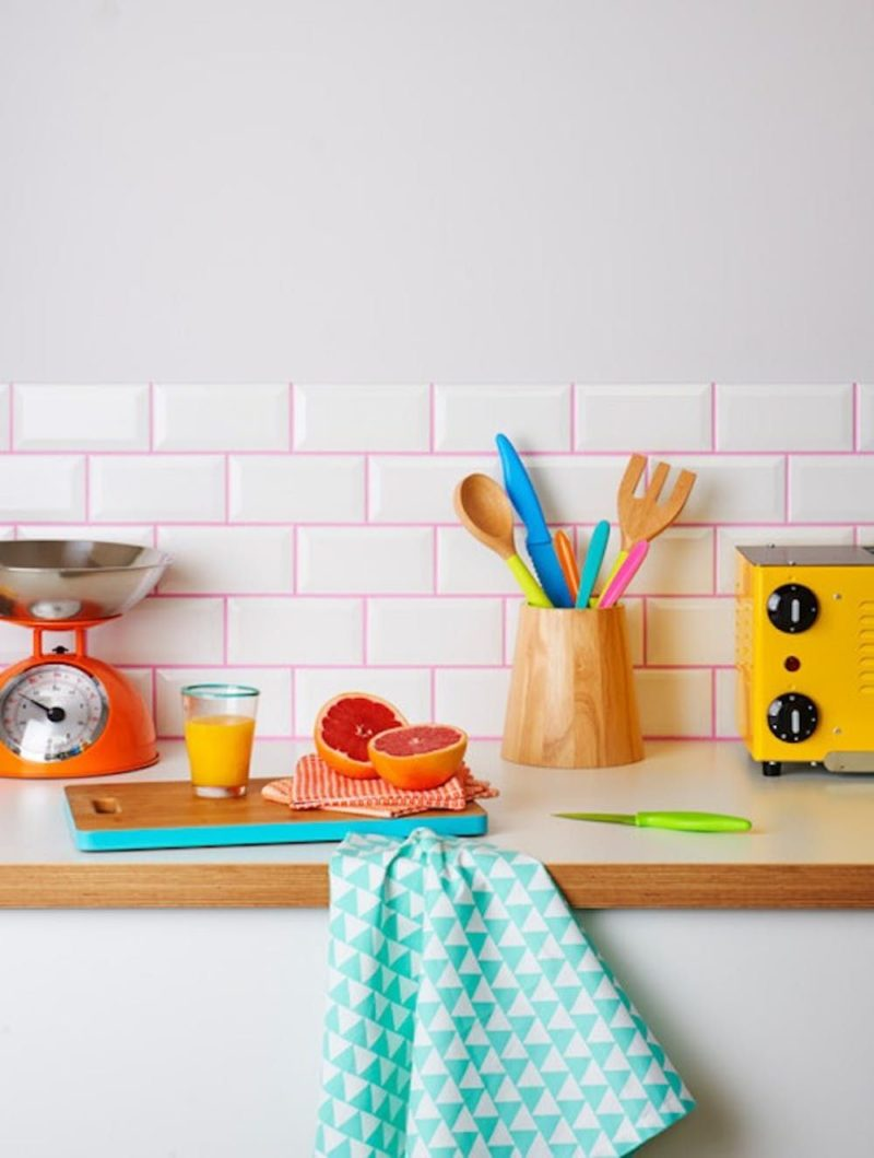 Colorful Grout And Simple Tiles – The Next Big Trend In Interior Design