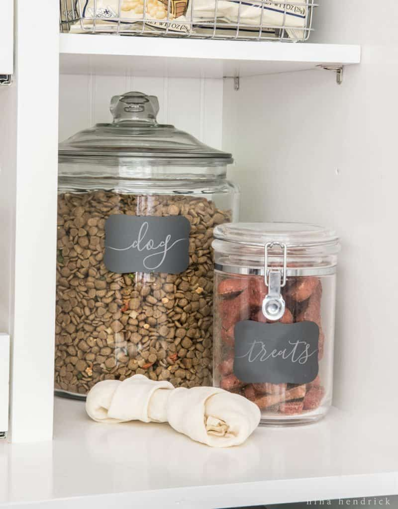 how to organize your kitchen pantry for maximum storage efficiency. Black Bedroom Furniture Sets. Home Design Ideas