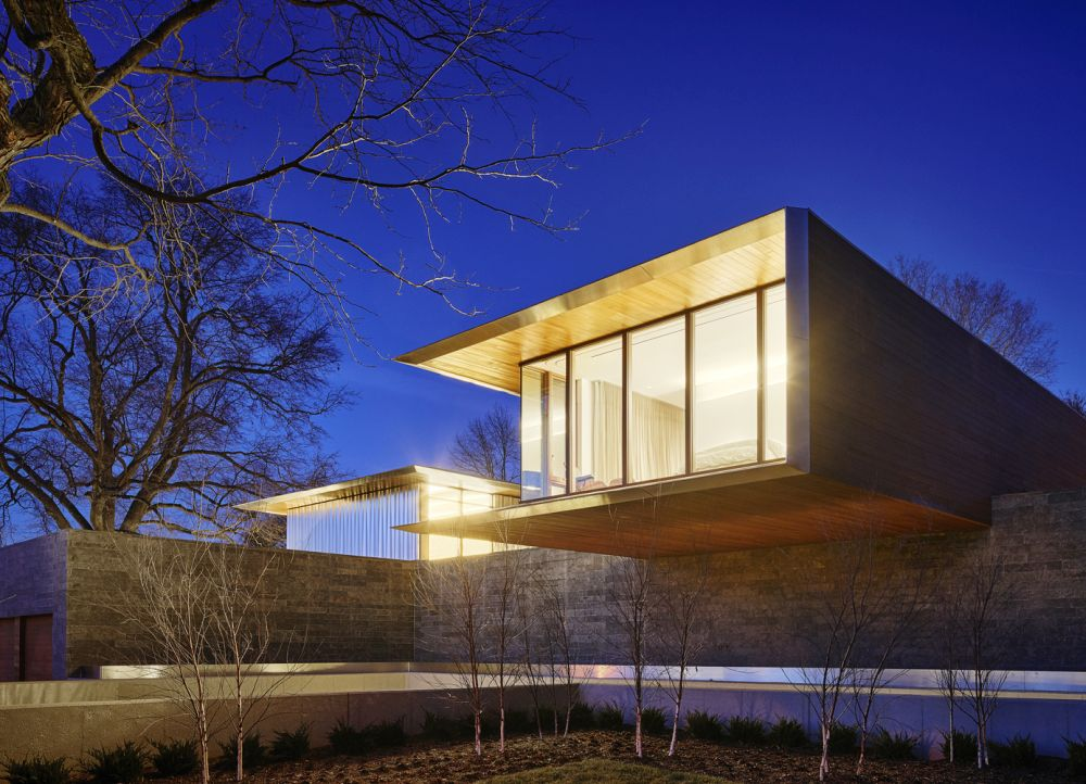 The architecture and design of the house are simple and meant to put an emphasis on the owners' art collection
