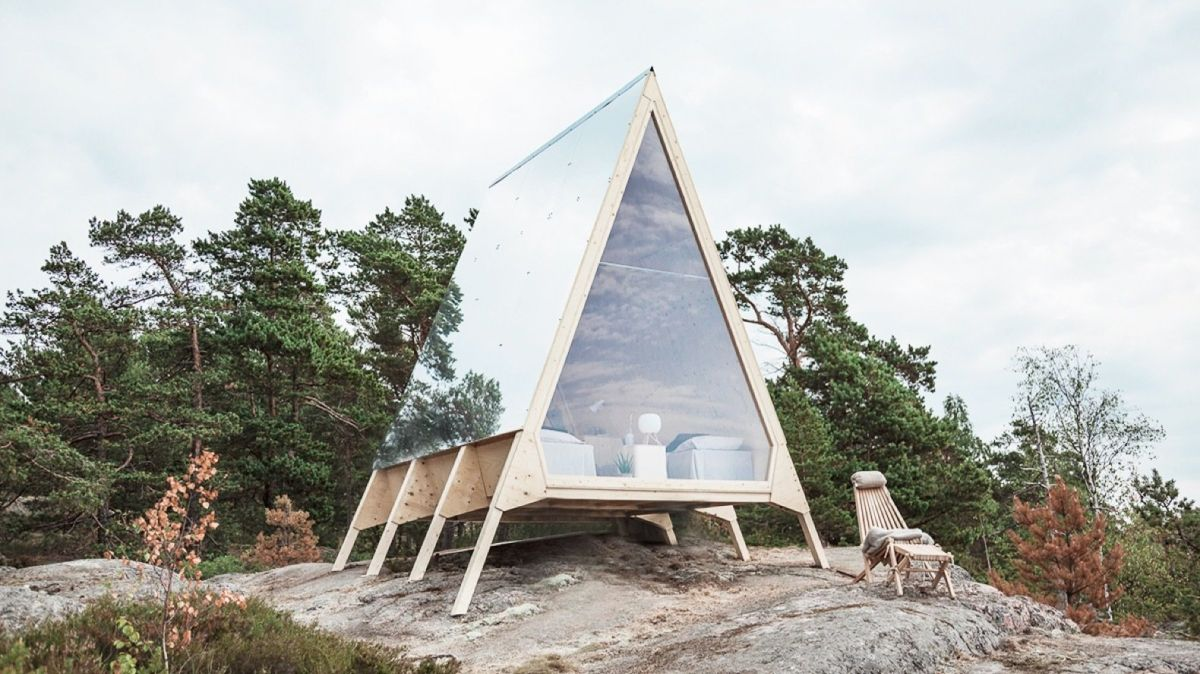The unusual elevated structure and A-frame design make this cabin perfect for sensitive sites which dictate minimal landscape impact