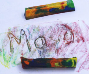How To Melt Crayons And Make Unique And Beautiful Decorations