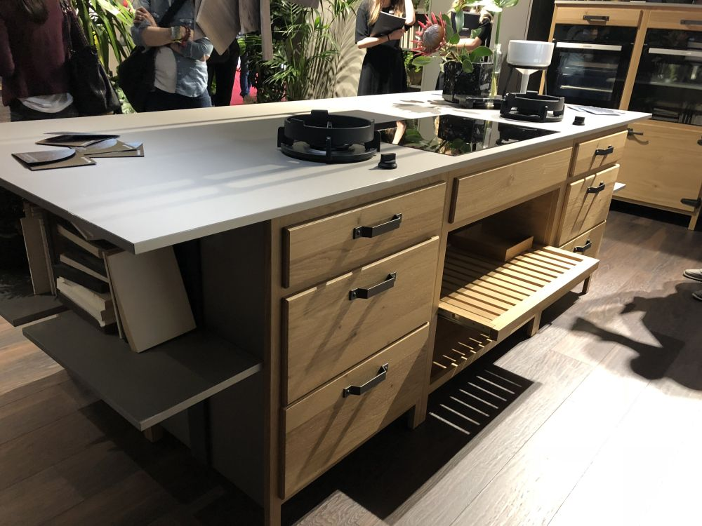 Kitchen Island With Built In Stove