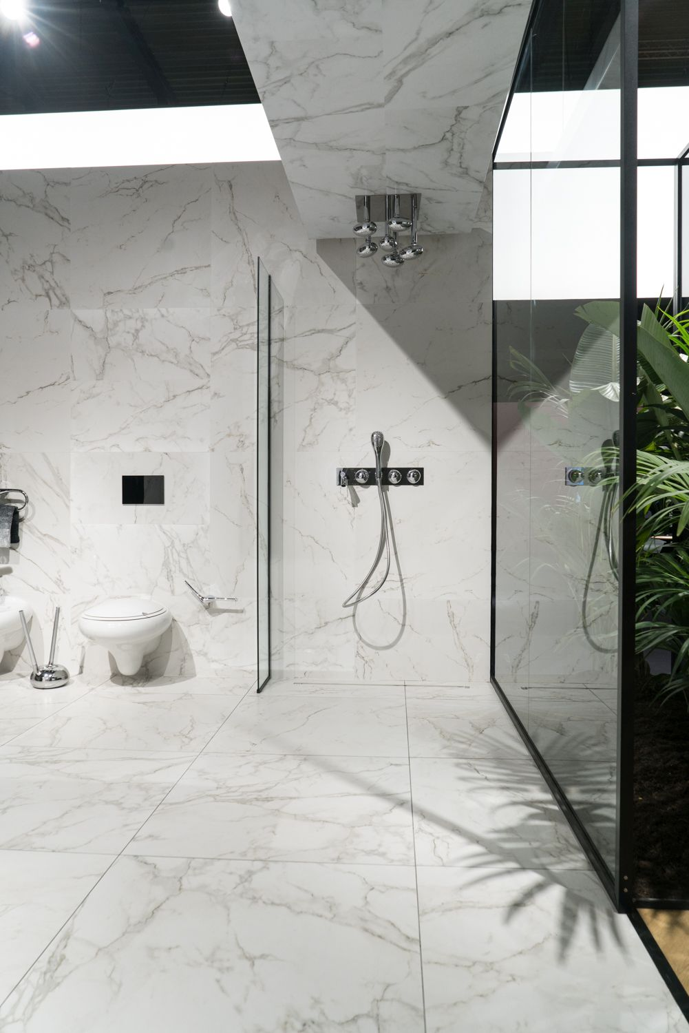 4 Ways To Design A Marble Bathroom From A Modern Perspective