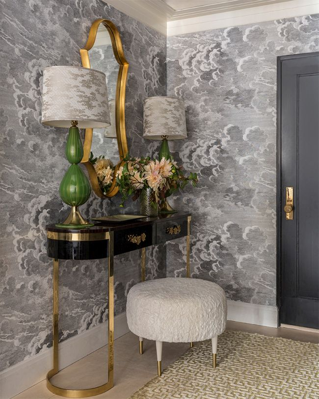 10 Glamorous Ways To Make A Foyer Pop