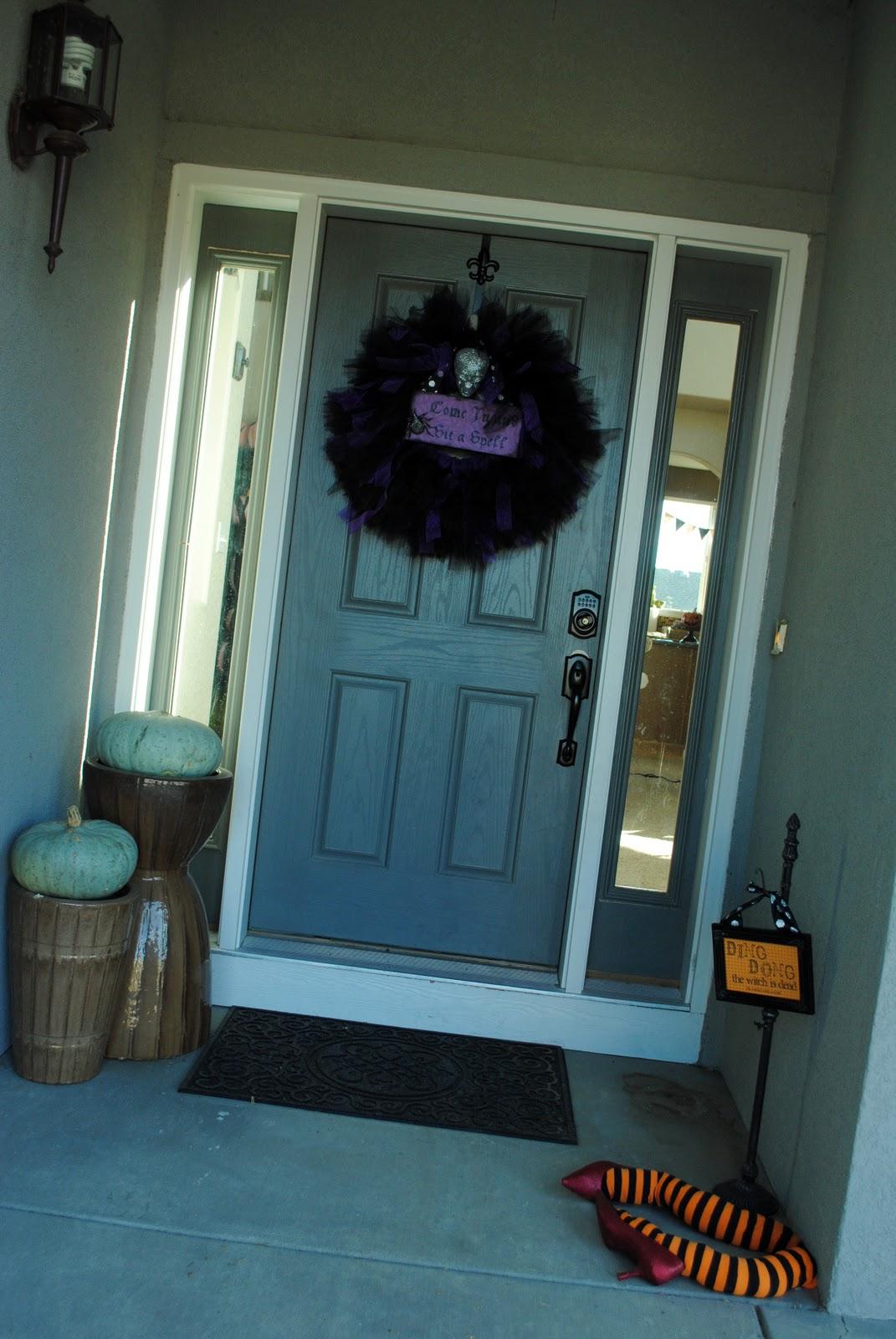 Spooky Scary and Fun Halloween Door Decoration Ideas