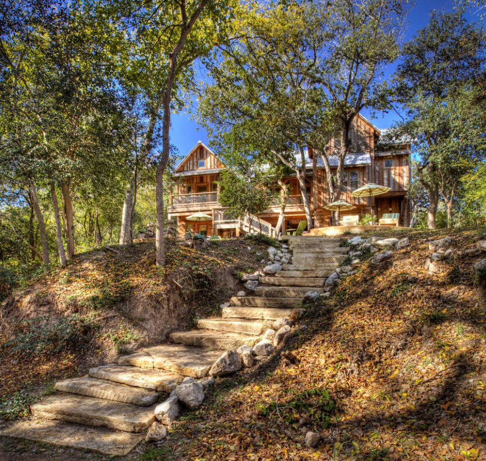Magnificent Landscaping Ideas Involving Stone Steps