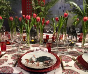 Red dining table accents