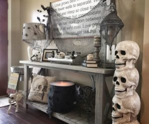 11 Spooktacular Halloween Skull Decor Ideas