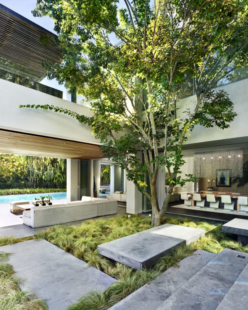 Sophisticated House in Cape Town Achieves Perfect Harmony With Its Surroundings