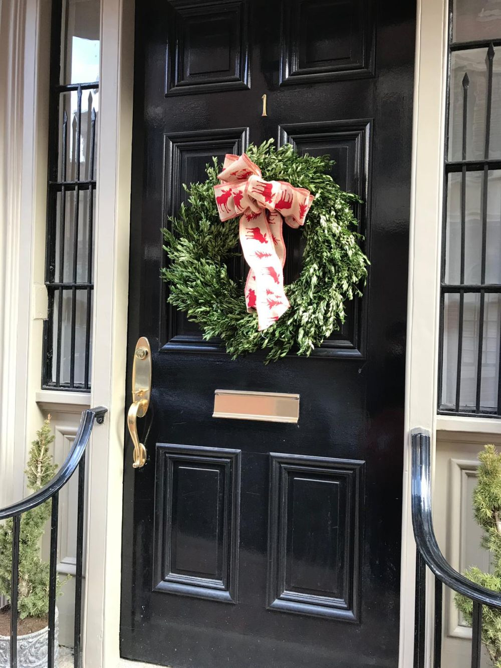 Outdoors wreaths often tend to be simple because they need to be more resilient than indoor wreaths