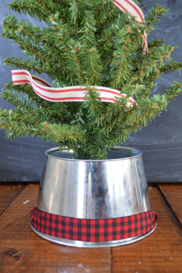 Original Christmas Tree Stand Ideas With Diy Charm