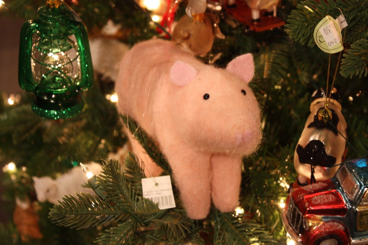 Animal ornaments are available in all styles of Christmas decor.