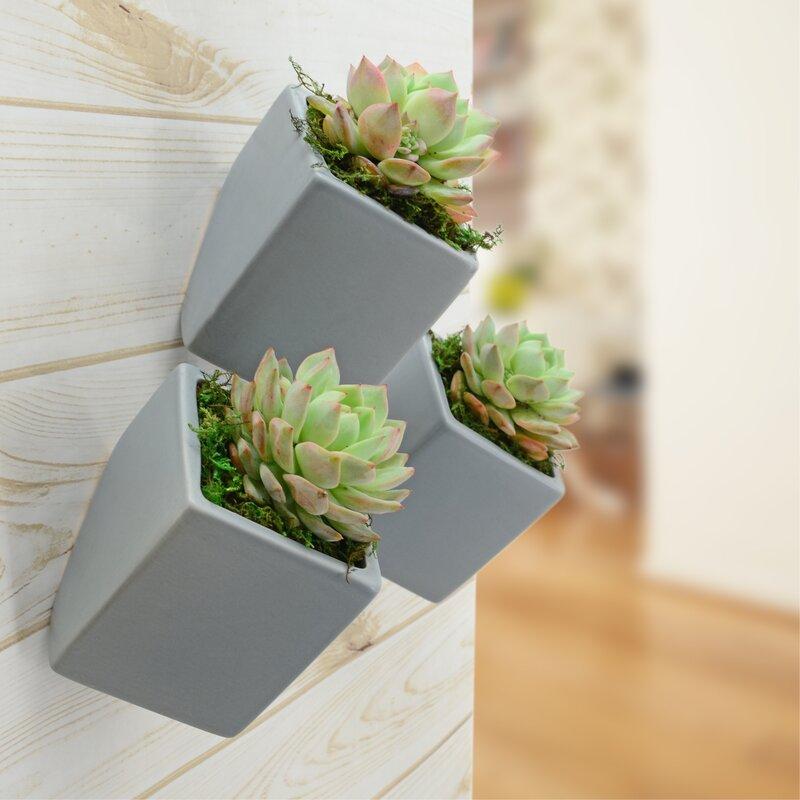 The angled Farmington ceramic planter