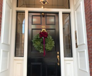 Christmas Wreath Ideas For Charming And Festive Front Doors