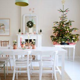 Table top mini christmas tree