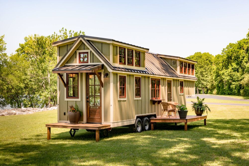 Phenomenal 12 Best House Colors For Your Tiny Houses Exterior Best Image Libraries Sapebelowcountryjoecom