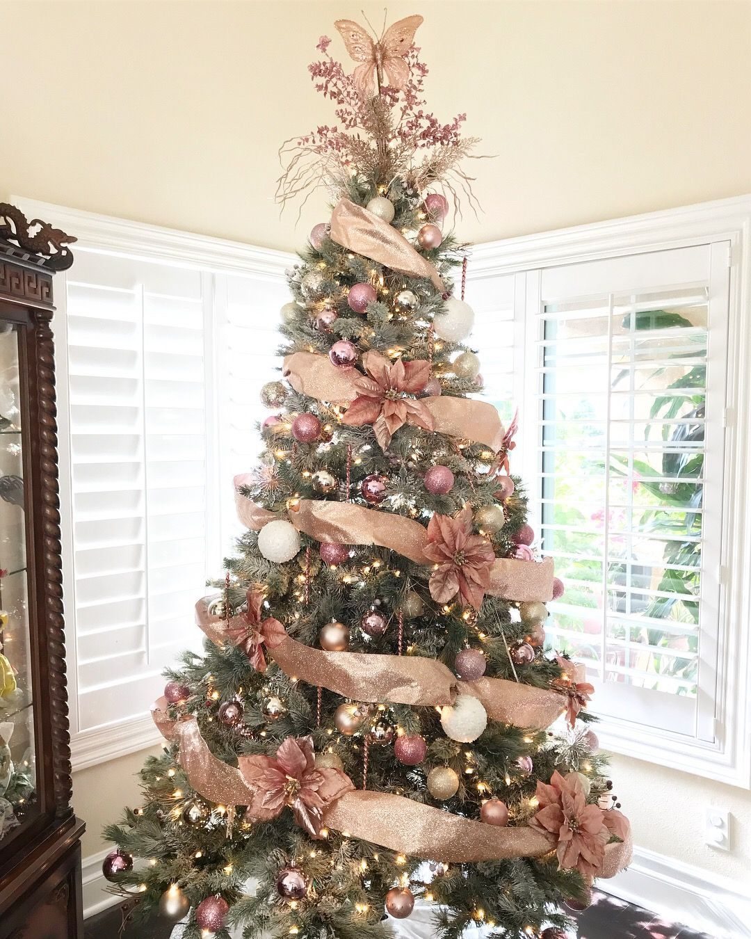 How To Update Your Holiday Decor With A Rose Gold