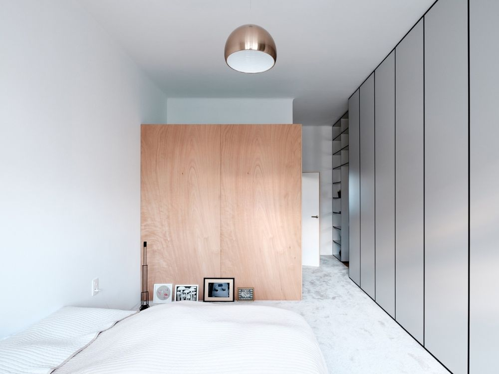 The bedroom suite is very simple and has a neutral color palette