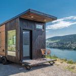 Oliver Stankiewicz and Cera Bollo tiny cabin on wheels