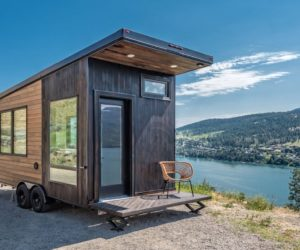 Oliver Stankiewicz and Cera Bollo tiny cabin on wheels