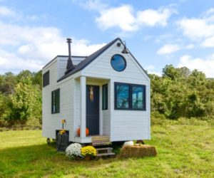 15 Modern Tiny Homes Redefine Compact Living