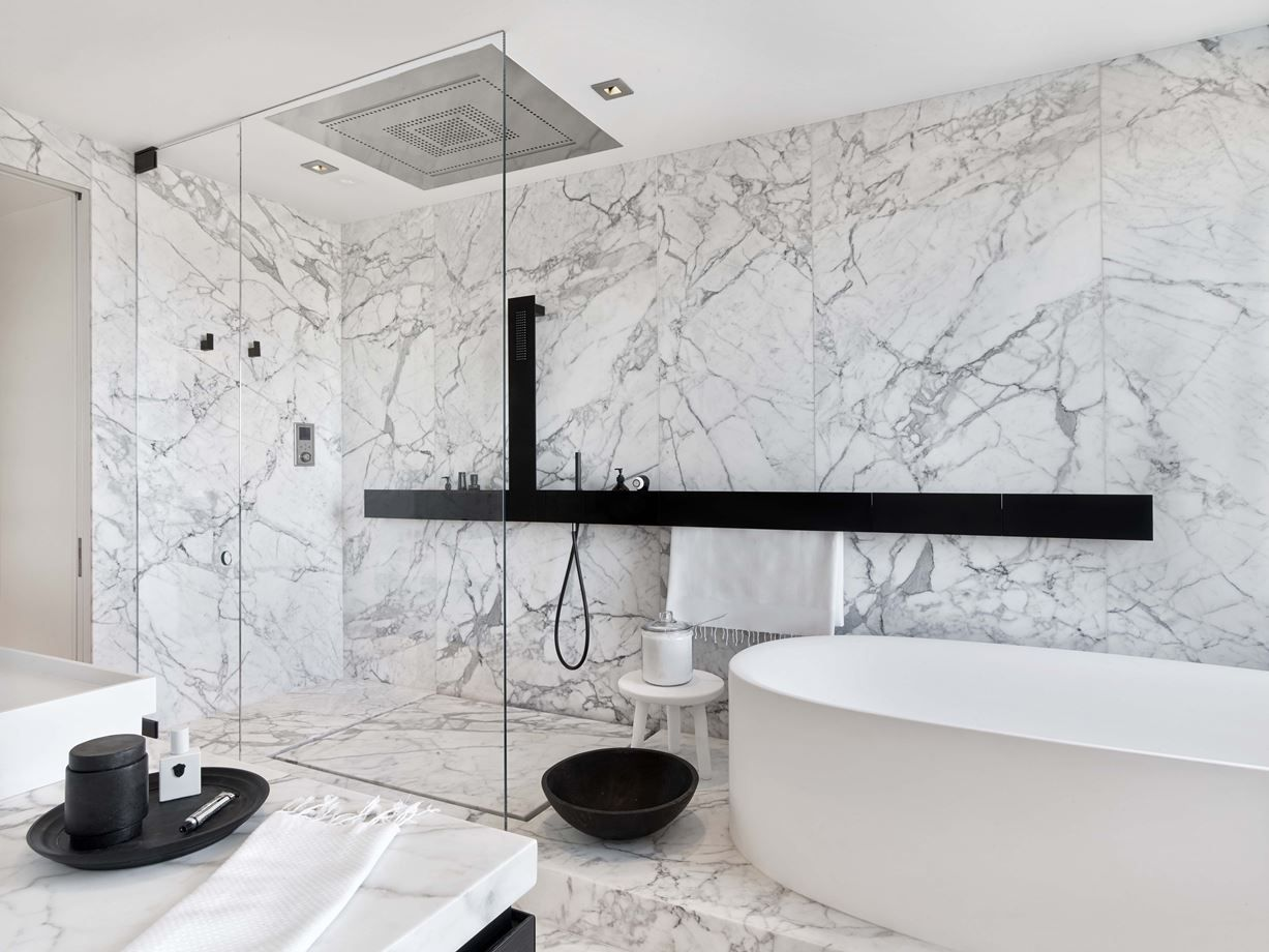 20 Exquisite Shower Designs To Inspire Your Next Remodel